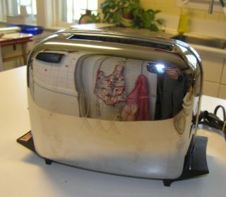Chrome Bakelite Art Deco Automatic Toastmaster Toaster EXCELLENT S103