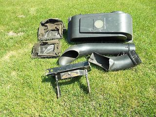 Cub Cadet Rear Bagger for 42 Inch Mower Decks   2000 Series