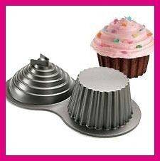 NEW WILTON Dimensions Giant 3D Cupcake Cake Pan