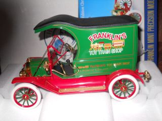 FRANKLIN MINT 1913 MODEL T FORD   2002 CHRISTMAS TRUCK   NUMBERED LE
