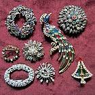 COSTUME JEWELRY LOT 8 Brooches Vintage Unmarked