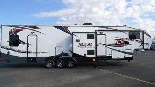 NEW XLR 35X14 THUNDERBOLT FIFTH WHEEL TOY HAULER 2 A/C PARTY DECK