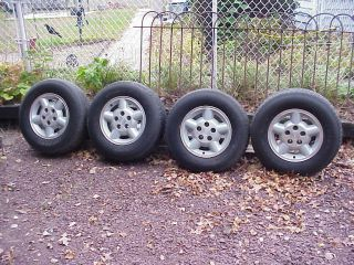 Truck car Tires wheels rims S 10 pick up Blazer set of 4 with center