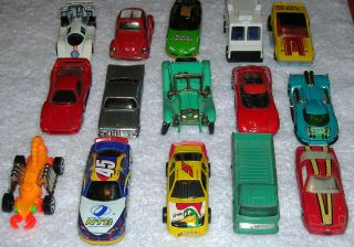 MIX LOT 15 TOTAL HOT WHEELS MATCHBOX LESNEY AND OTHERS CARS TRUCK