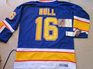 BRETT HULL SIGNED CCM ST. LOUIS BLUES JERSEY SIZE 50 WITH ALL TAGS JSA