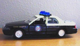 FLORIDA HIGHWAY PATROL CAR   1994 FORD CROWN VICTORIA   ROAD CHAMPS 1