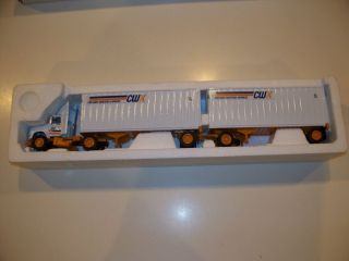 CONWAY WESTERN EXPRESS CWX DOUBLES TRACTOR TRAILER DIECAST SEMI