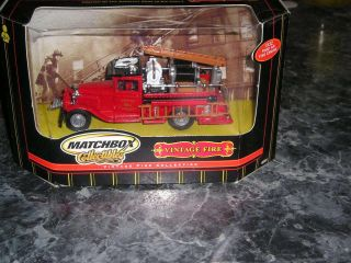 New Matchbox 1932 Ford AA Fire Engine Vintage Fire Collection