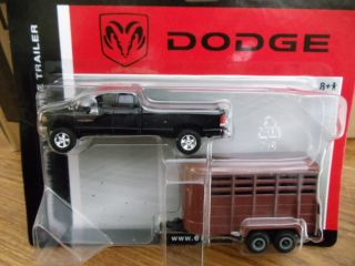 Ertl 1 64 Dodge RAM 2500 Pickup w Horse Trailer