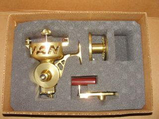 VAN STAAL VS 400 OFFSHORE SPINNING BIG GAME FISHING REEL, NEW