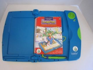 LEAP FROG LEAPPAD WITH BOOK LEARNING SYSTEM   EXCELLENT   RARE HARD