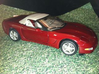 Franklin Mint 2003 Chevrolet Corvette 50th Aniversary Convertible LE