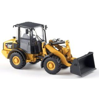 Norscot Cat 906H Wheel Loader 150 scale Toys & Games