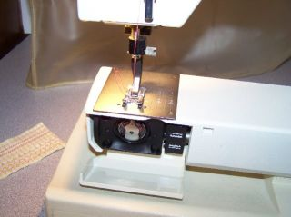 Viking Husqvarna Classica 100 Sweden Sewing Machine + Foot Control and