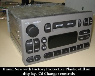 Jaguar s Type Cassette Player Tape Radio 00 01 02 03 CD