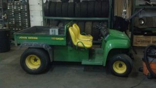 John Deere Gator E 2004 with Electric Dump Bed
