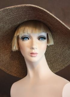 DashNDazzle Restored TWIGGY Glass Eyes Bust One of a Kind Mannequin Wigs Display