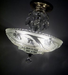 BEAUTIFUL VINTAGE ART DECO CEILING LIGHT FIXTURE ANTIQUE FLORAL SHADE