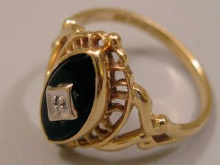 10K Yellow Gold Black Onyx Ladies Ring
