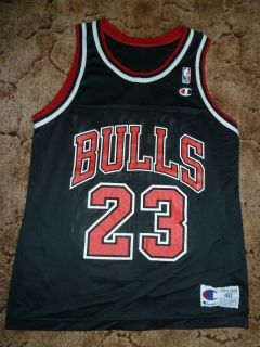 Vtg Black Michael Jordan 23 Chicago Bulls Champion NBA Jersey Sz 40 M