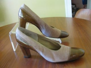 Camel Suede Leather Vtg 70s Larose Spectator Pumps 8 5