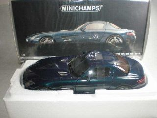 18 Minichamps Mercedes Benz SLS AMG 2010 Blue Metallic