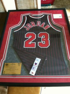UDA Michael Jordan Signed Game issued Jersey Chicago Bulls