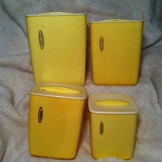 VINTAGE RUBBERMAID CANISTERS KITCHEN YELLOW SQUARE RETRO 1960s FAB