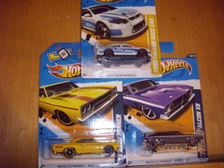 Hot Wheels Muscle Mania 73 Ford Falcon XB 70 Road Runner Ford Falcon