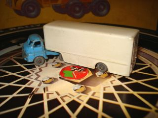 Moko Lesney Regular Grey Wheels Bedford Articulated Truck No 2