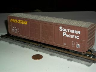 HO Scale Box Car w/ Metal Wheels Southern Pacific Hydra  Cushion Lot