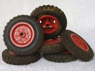 OF SIX WYANDOTTE PRESSED STEEL TRUCK TIRES WHEELS MADE IN USA PARTS