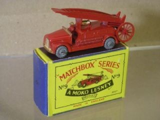 Matchbox Moko Lesney 9 Dennis Fire Engine New Boxed