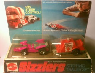 HOT WHEELS REDLINE SIZZLERS STEERING TRAILER SET IN ORIGINAL BLISTER